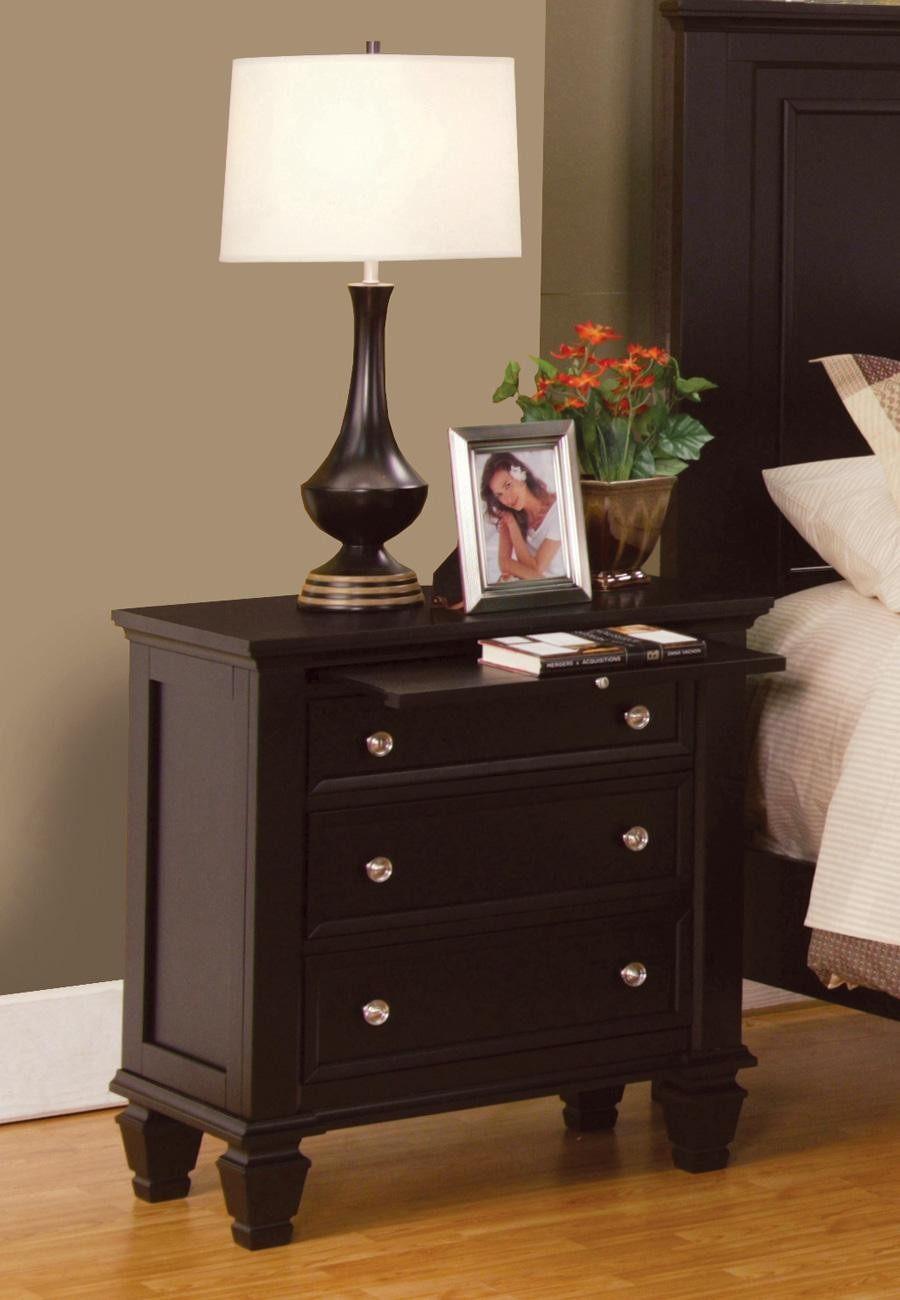 Coaster Furniture Sandy Beach Collection Master Bedroom